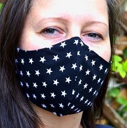 Baumwollmaske Sterne schwarz mit Größenwahl und Einlagefach optional