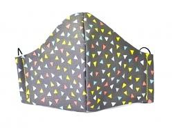 Stoffmaske Bunte Dreiecke mit Einlagefach-Option und verstellbaren Gummibändern